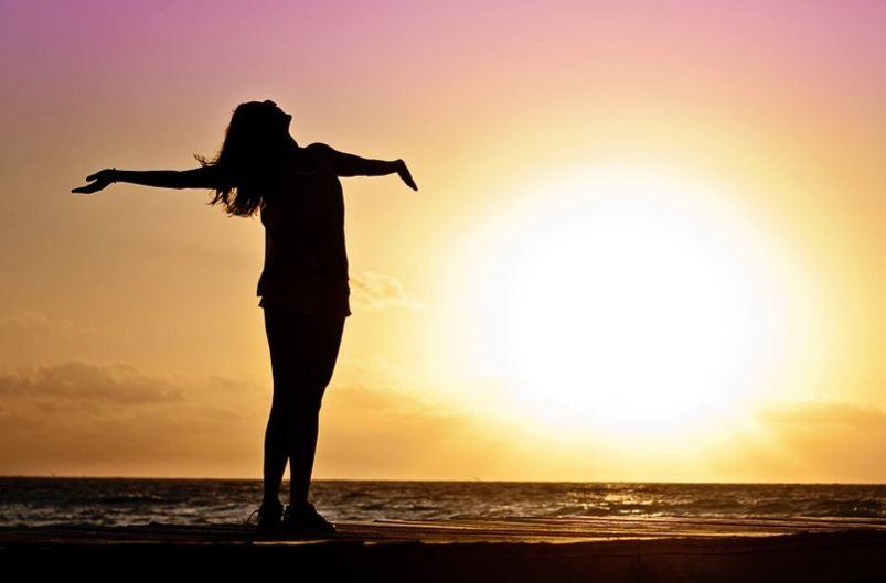7 Tips Sederhana Menjadi Istri Bahagia di Rumah