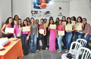 Prefeitura de Miracatu realiza formatura dos cursos da escola da beleza