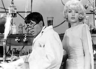 Jerry Lewis y Stella Stevens, (El profesor chiflado)