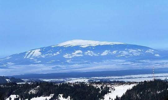 Babia Góra (bliżej grzbiet Gubałówki).