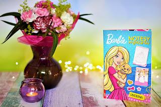 """""""Barbie™. Notesy projektantki""""  książki dla dzieci #21"""
