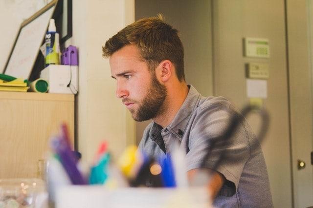 Beragam Cara Guru Mendapatkan Uang atau Penghasilan Tambahan Melalui Internet Online
