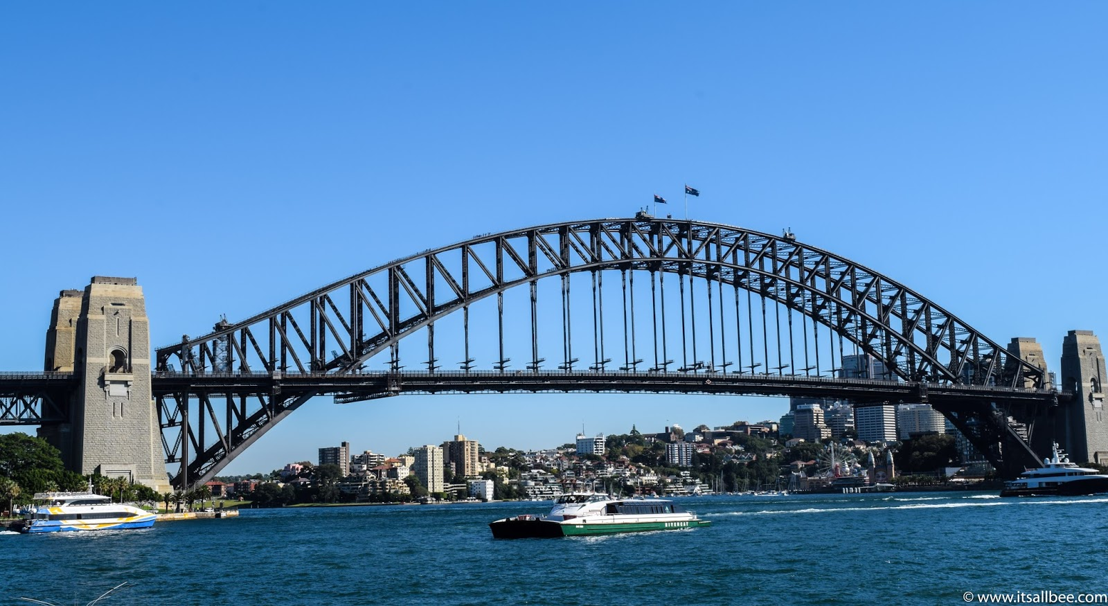 Top 10 Things To Do In Sydney Australia - Places To Visit & Where To Stay #australia #traveltip #sydney #trips #citybreaks