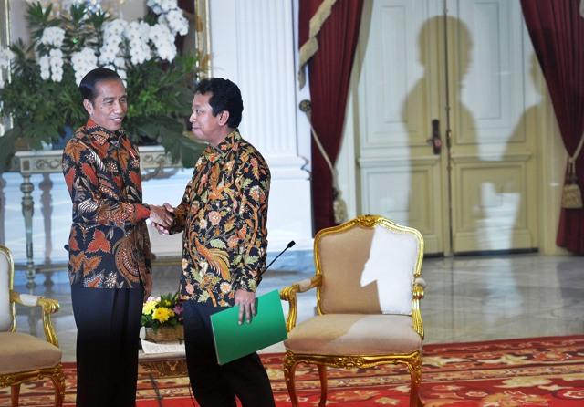 KPK Independen! Jangankan Romi, Jokowi saja Dincar