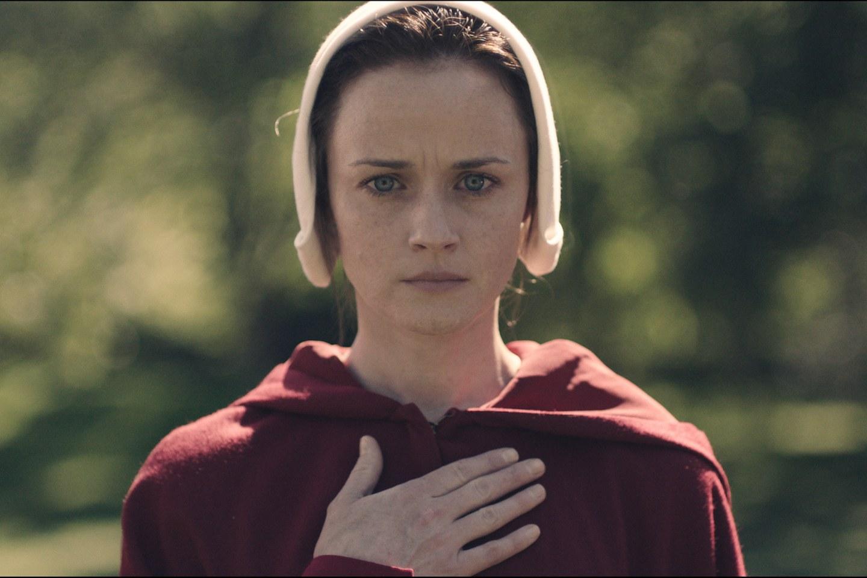 Emily/Ofglen (Alexis Bledel) en 'The Handmaid's Tale'