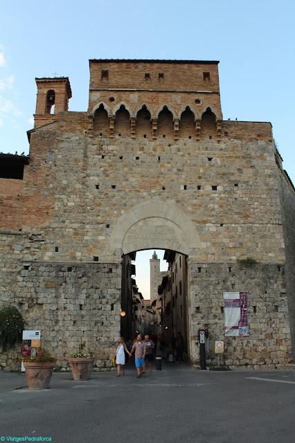 San Gimignano, Toscana medieval, Manhattan de la Toscana, Itàlia