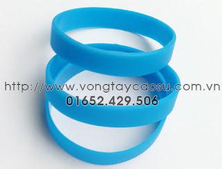 Vòng tay trơn màu xanh da trời