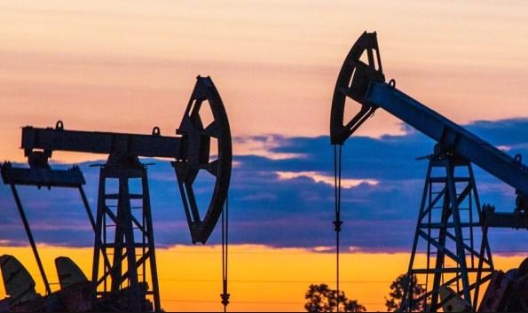 Нефть возобновила падение из-за намечающегося провала сделки ОПЕК