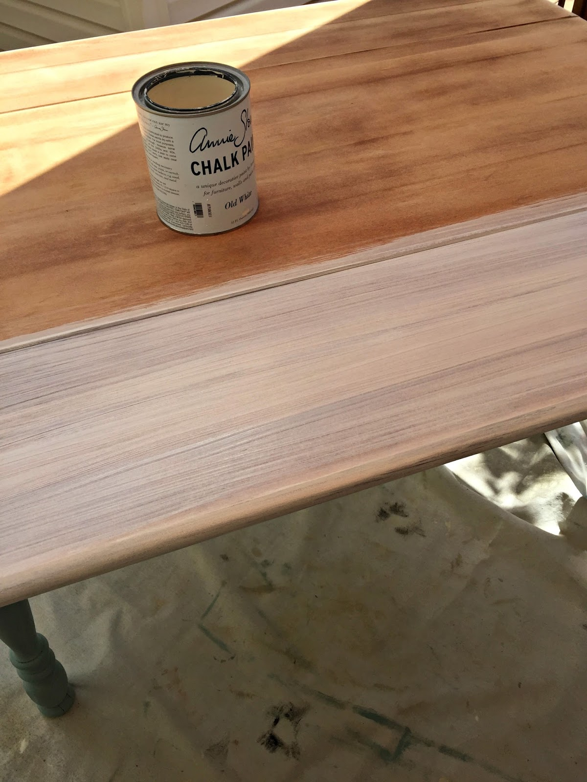 Apply a thin coat of Old White Chalk Paint