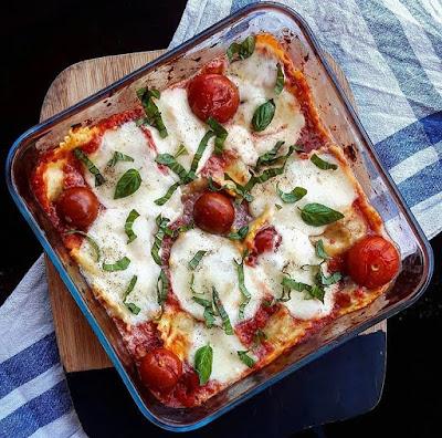 Gratin healthy de raviolis à la tomate, mozzarella et basilic Charlotte and cooking