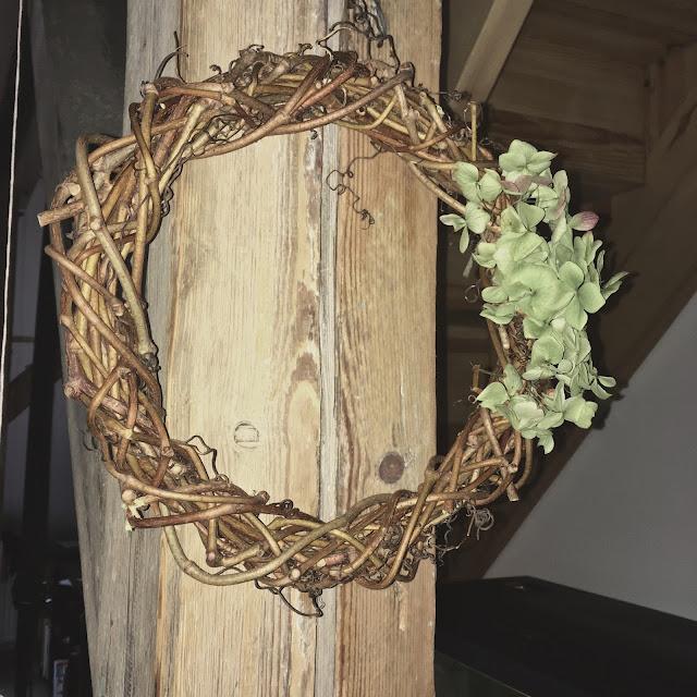 podzimní věnec - hortenzie, diy věnec s hortenziemi