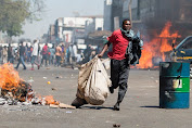 Zimbabwe police announce new ban on Harare protests