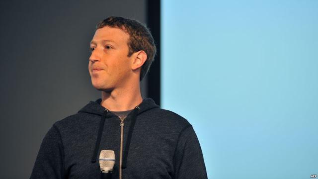 """بالفيديو : ما قاله زوكربيرغ عن موقعه """"فيسبوك"""" يوم انطلاقه قبل 17 عاماً!"""