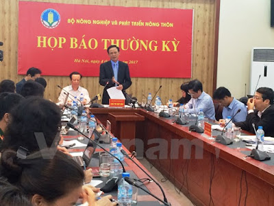 Thứ trưởng Hà Công Tuấn nhấn mạnh việc đàm phán tiến tới xuất khẩu chính ngạch một số mặt hàng nông sản sang Trung Quốc. (Ảnh: Thanh Tâm/Vietnam+)