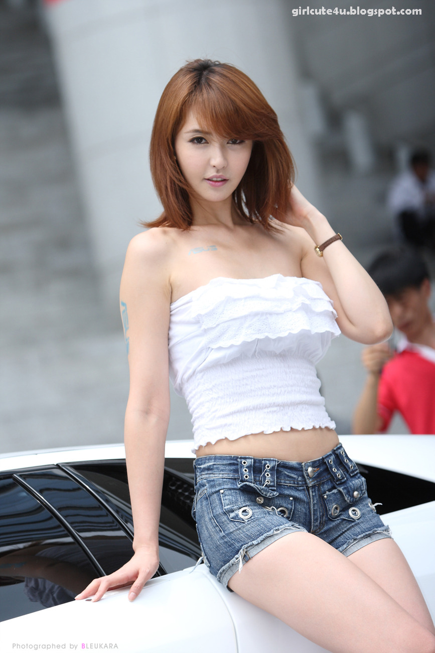 Kang Yui - ASUS Lamborghini VX7 Roadshow [Part 2] ~ Cute ...