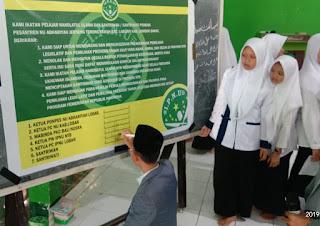 IPNU dan Santri - Santriwati Abahariah Ikrar Tolak Berita Hoax dan Kampanye Hitam