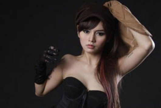 Bagaimana Tes DNA Buktikan Putri DJ Verny Bukan Anak Denny Sumargo?