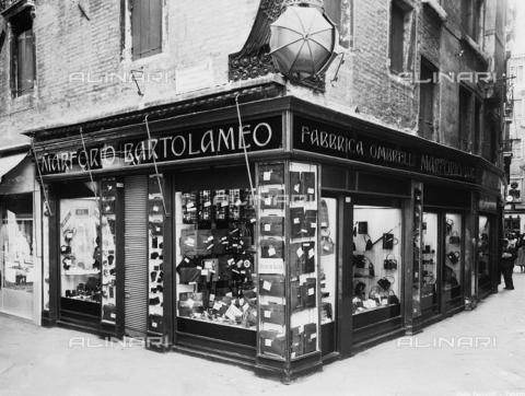 Marforio, dragon umbrellas, Venice