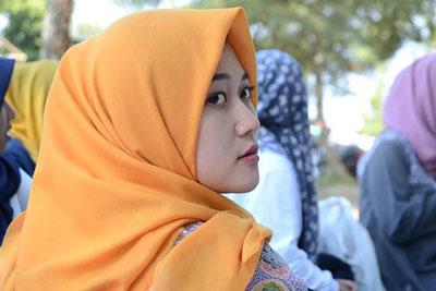 Beberapa Kelebihan Jilbab Segi Empat