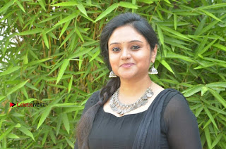 Actress Kala Kalyani Stills in Black Salwar Kameez at Engeyum Naan Iruppen Audio Launch  0016.jpg