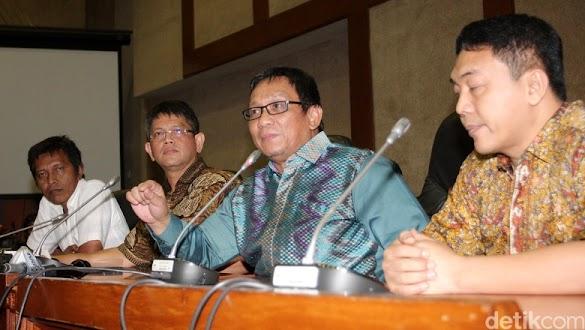 Hanura: Kebencian Amien Rais ke Jokowi Seperti Kanker!