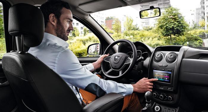 Dimensioni degli interni di Dacia Duster
