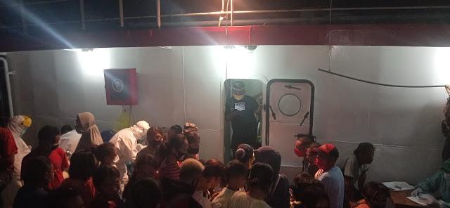 Menderita Diatas Kapal, Penumpang KM Sabuk Nusantara 34 Minta Lakukan Karantina di Darat