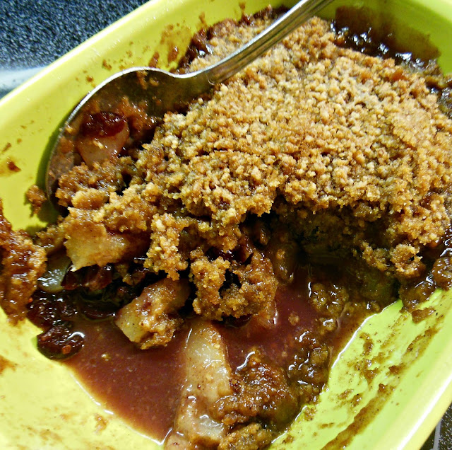 Pear and Cranberry Crumble, fruit and a crumble topping baked together. Your family will love it!