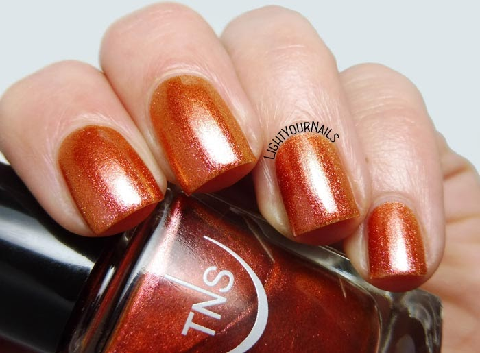 Smalto arancione cangiante TNS Cosmetics Firenze 544 Baia d'Oro (Lungomare) orange foil nail polish