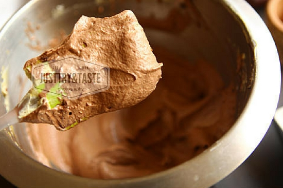 Resep Chocolate Pot Cake dengan Buttercream Coklat