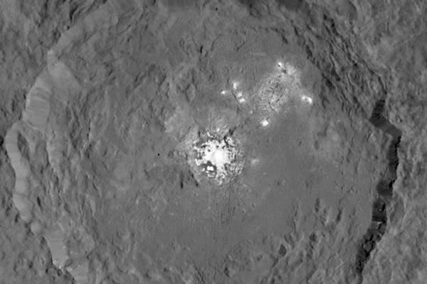 Las manchas brillantes de Ceres