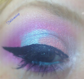 eye_makeup_look_frosty_moon