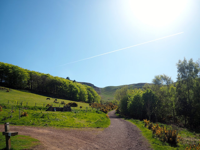 Capital Hill Walk, Pentland Hills, Edinburgh, Scotland