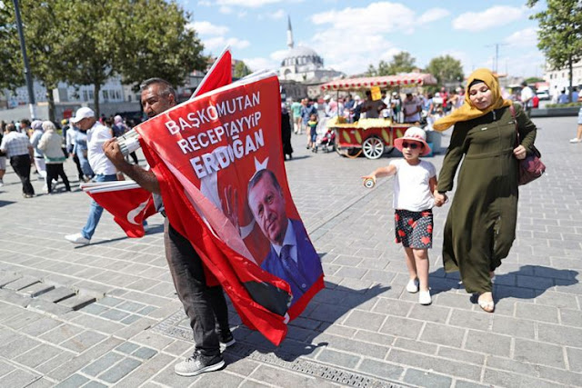 Εκλογικές αναταράξεις σε τουρκική λίρα και χρηματιστήριο