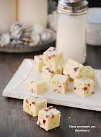 """Fudge de chocolate blanco con arándanos y pistachos """"un dulce para Navidad"""""""