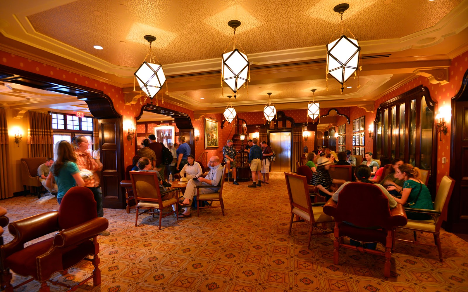 The Carthay Circle Lounge