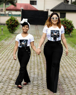 Monalisa China and daughter Tamar in matching outfits