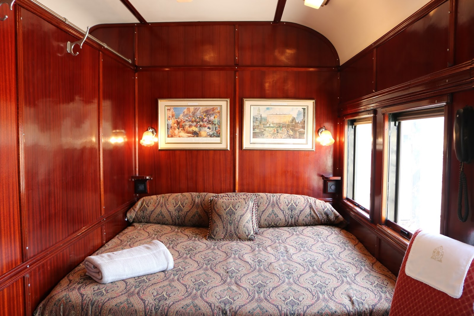 Rovos Rail, Pretoria to Durban bed in the carriage
