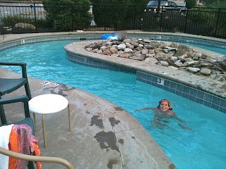 lazy river at the pool at the Bear Skin Lodge Gatlinburg Tennessee