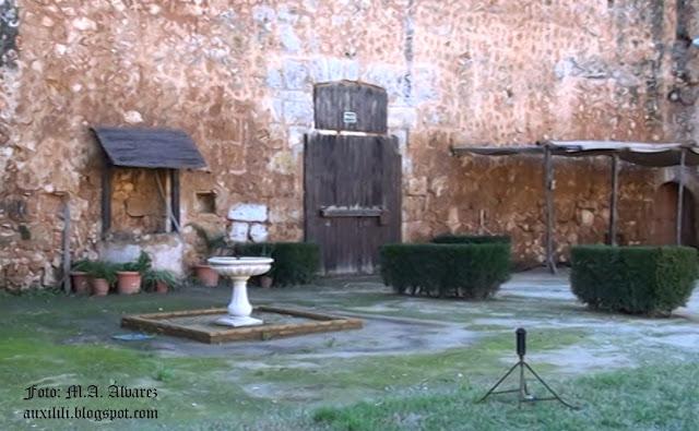 Castillo de Niebla. Pozo. Caballerizas