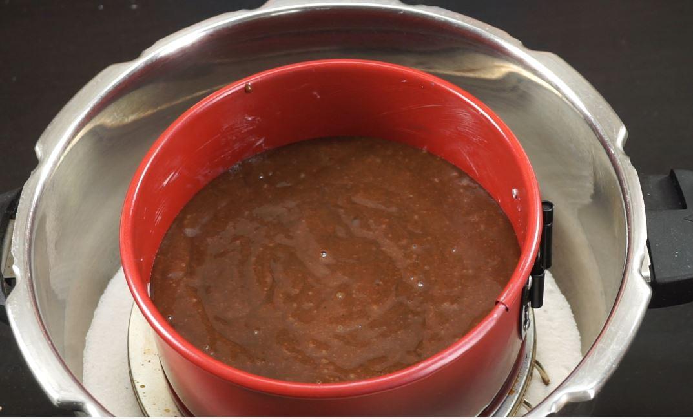Chocolate Cake Recipe In Pressure Cooker Eggless: Chocolate Cake Recipe / Eggless Chocolate Cake In Pressure