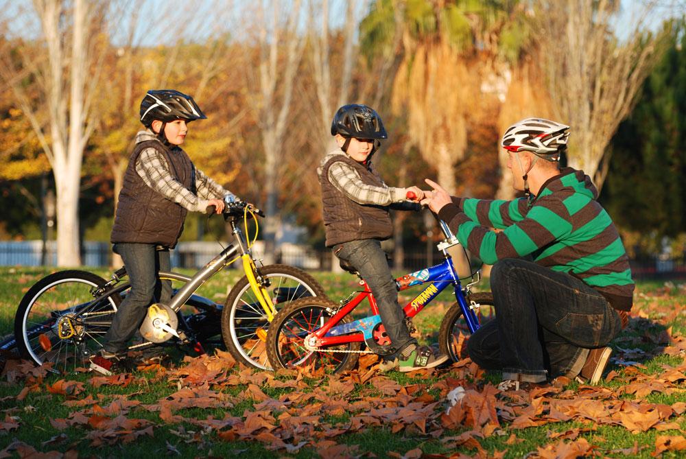 Por Qué Es Bueno Enseñar A Los Niños A Montar En: Enseñar A Montar En Bici A Nuestros Peques: Progresión