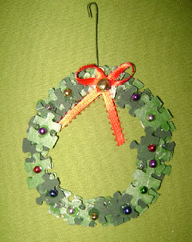 Puzzle Wreath Ornaments 1