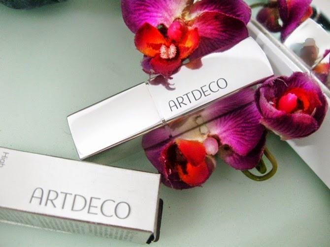 Batom Artdeco
