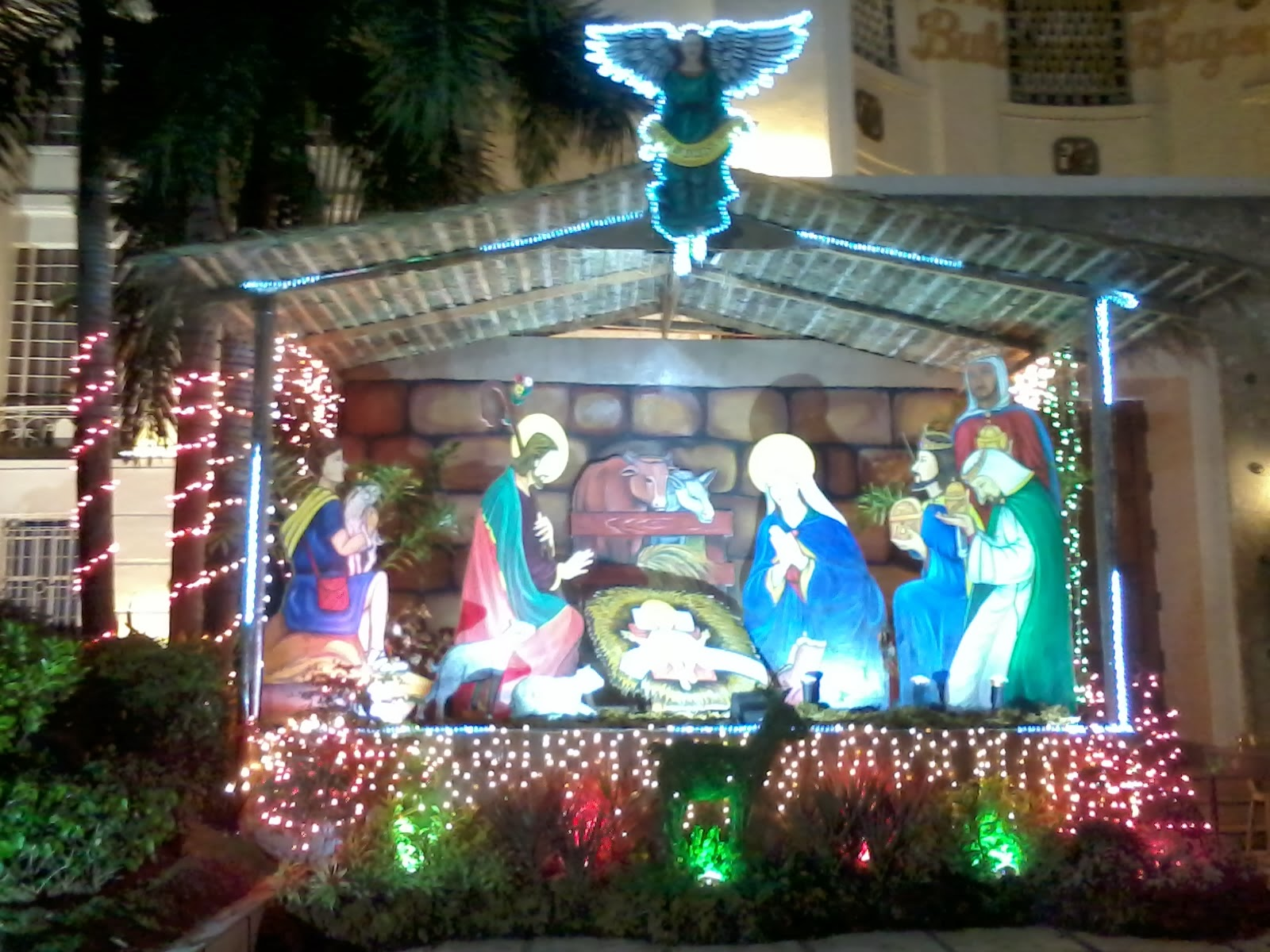Outside Christmas Displays