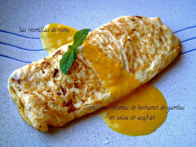 """""""Tortillitas rellenas de bechamel de gambas en salsa de azafrán"""""""