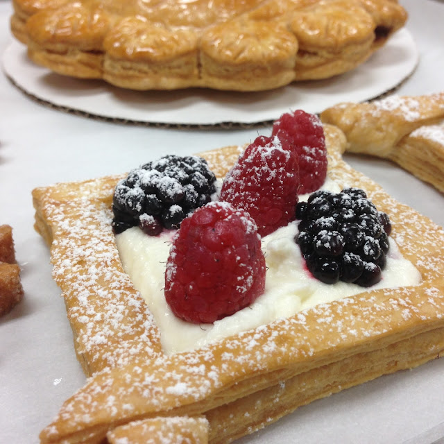 Puff Pastry Vols-au-Vent with Berries and Cream