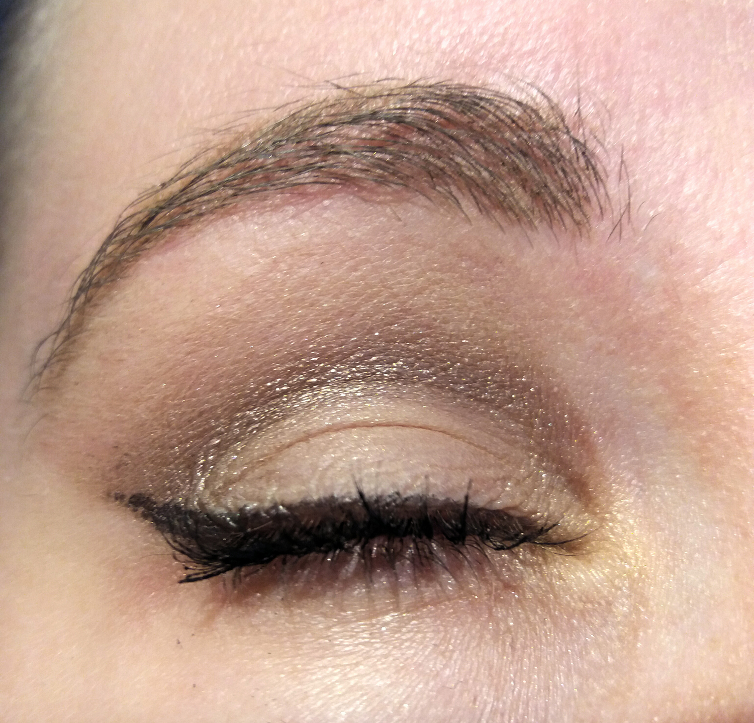 NARS makeup look closed eye