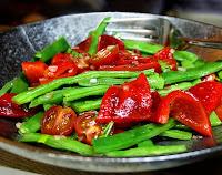 Salada de Vagem, Pimentão Grelhado e Tomate Cereja (vegana)