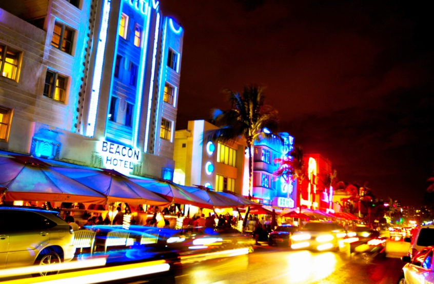 Ocean Drive Avenue In Miami Beach Tips Trip Florida